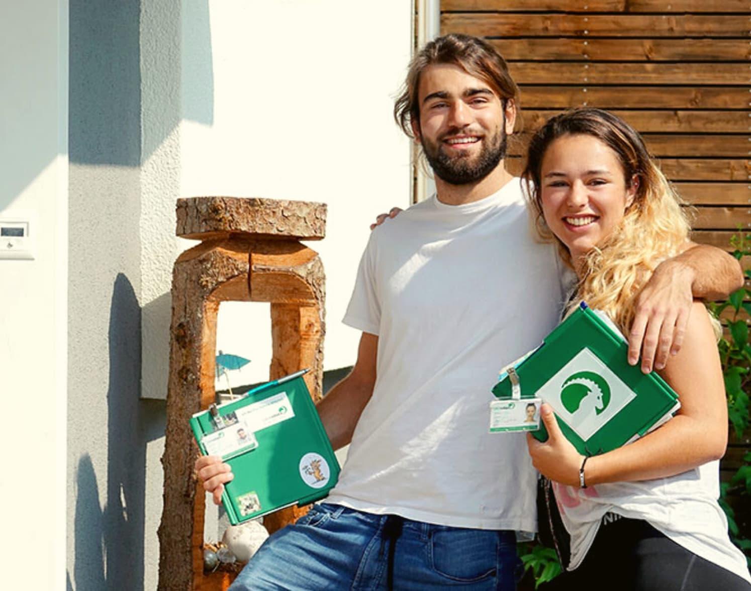 Zwei Fundraiser Für Pro Natura Auf Dem Weg